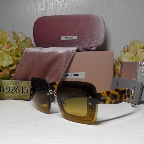 eb9a65ebb196 MIU MIU Rectangular Havana Sunglasses MU01R67